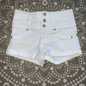 3 button high waisted shorts